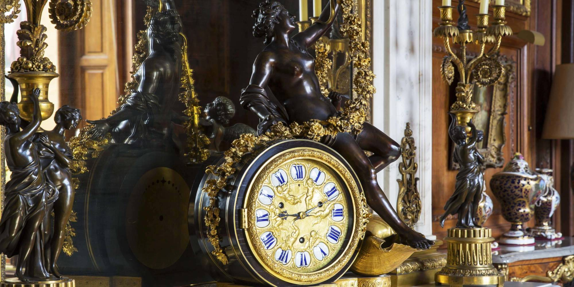 West Gallery Clock 3000x1500