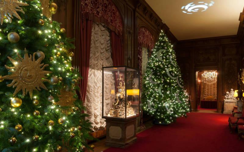 east-gallery-christmas-3000x1875