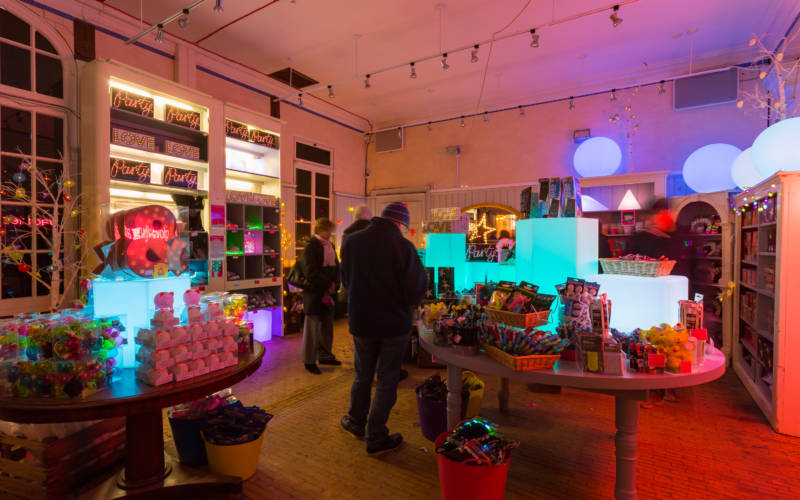 christmas-2016-glow-neon-shop-chris-lacey-3000x1875