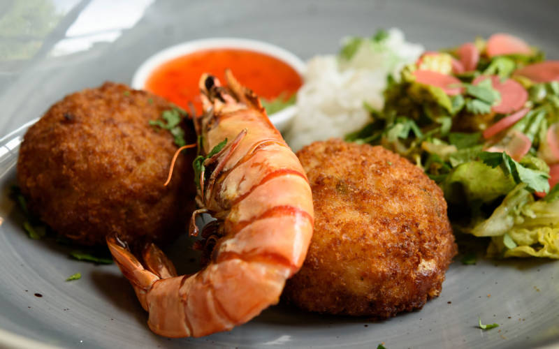 Manor restaurant food fish close up