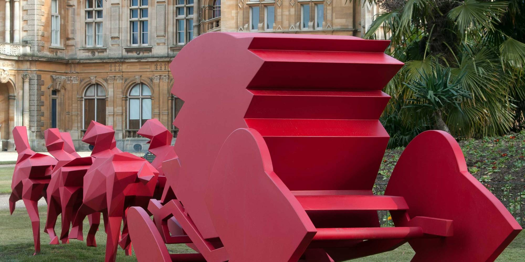 Carriage pulled by six horses in red powder-coated steel