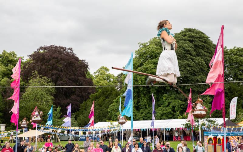 Bullzini family tightrope walker performance