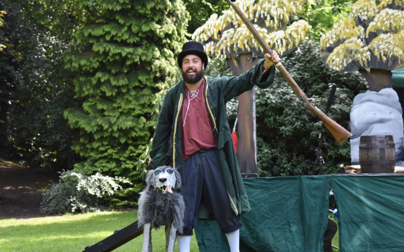 Wind in the willows performed by quantum theatre