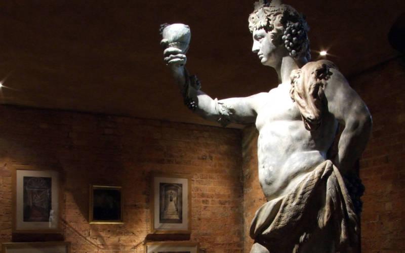Wine-cellars---statue-4---Hugh-Palmer_2000x1250