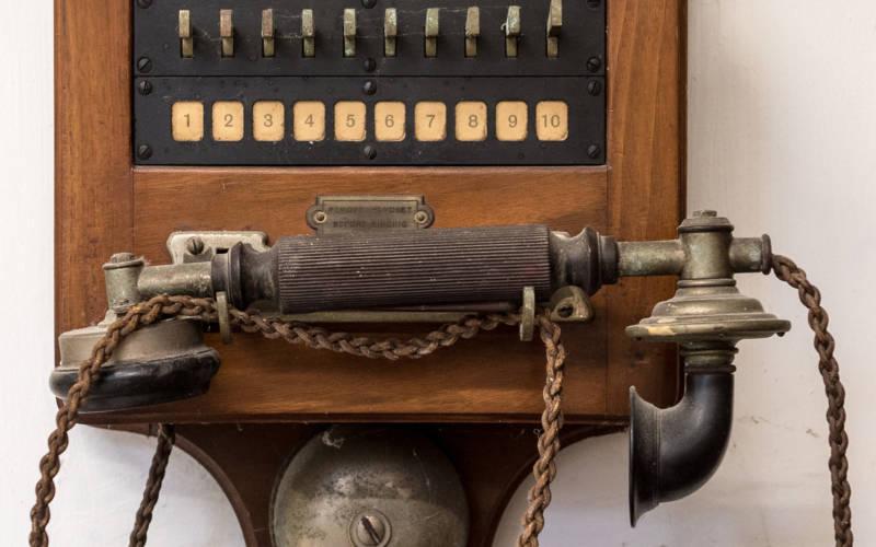 phone-3000x1875
