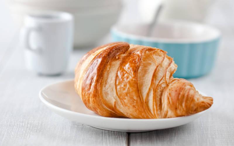 Hotel-restaurant-food-breakfast-continental-3000-1875