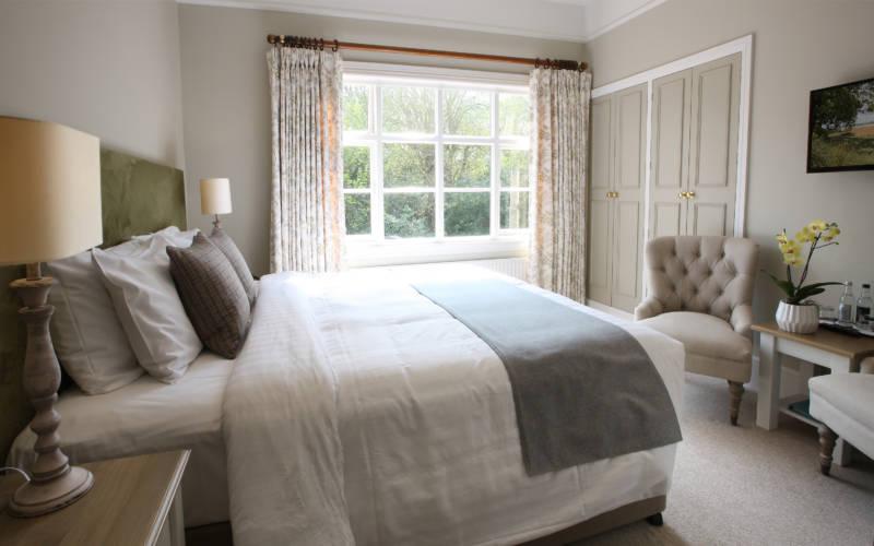 Hotel-room-2-wright-3000x1875