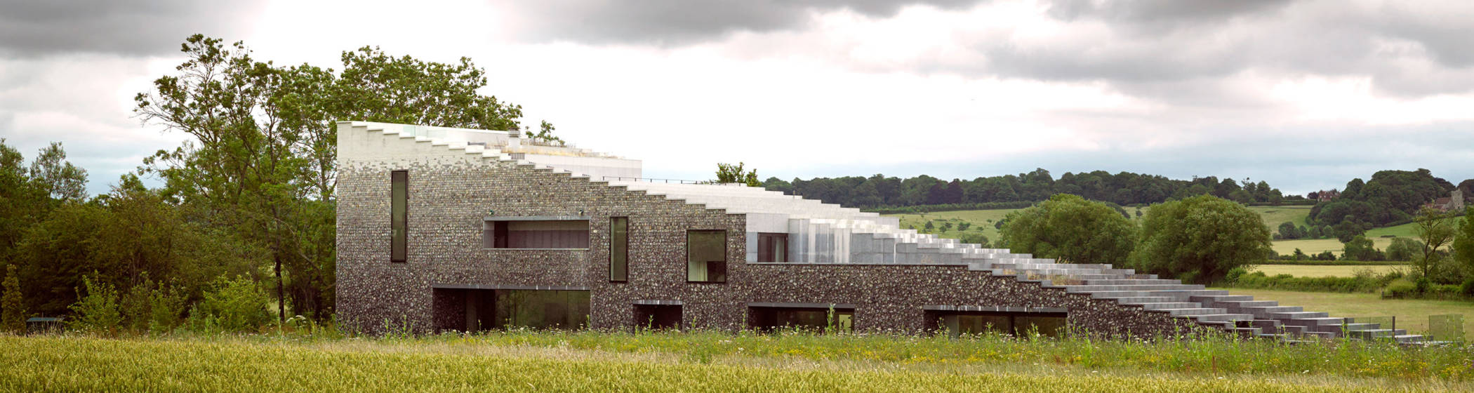 Flint house waddesdon manor for Home architecture newbury