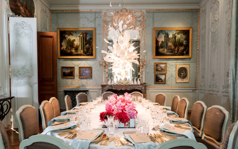 blue-dining-room-corporate-3000-1875