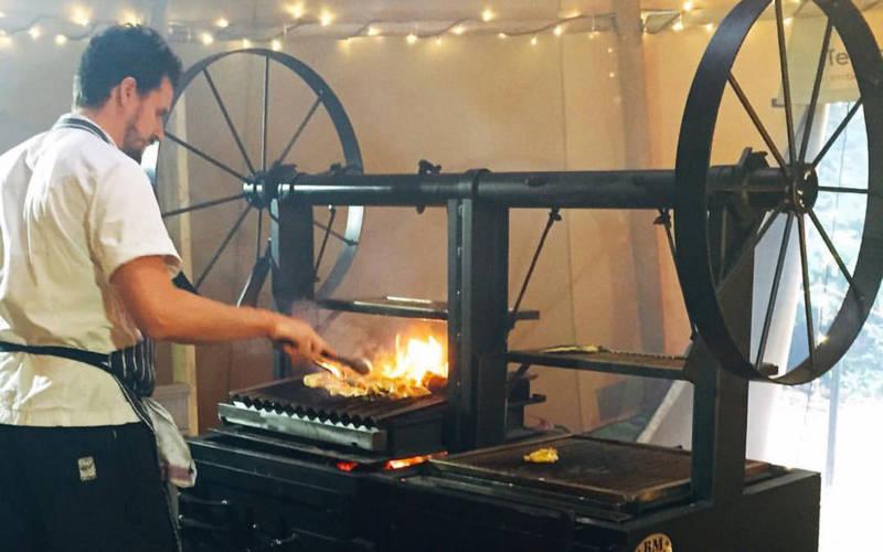 wigwam-grill-coals-cooking-3000-1875
