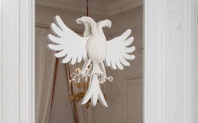 Sallas_White-Drawing-Room_peacock_2000x1250