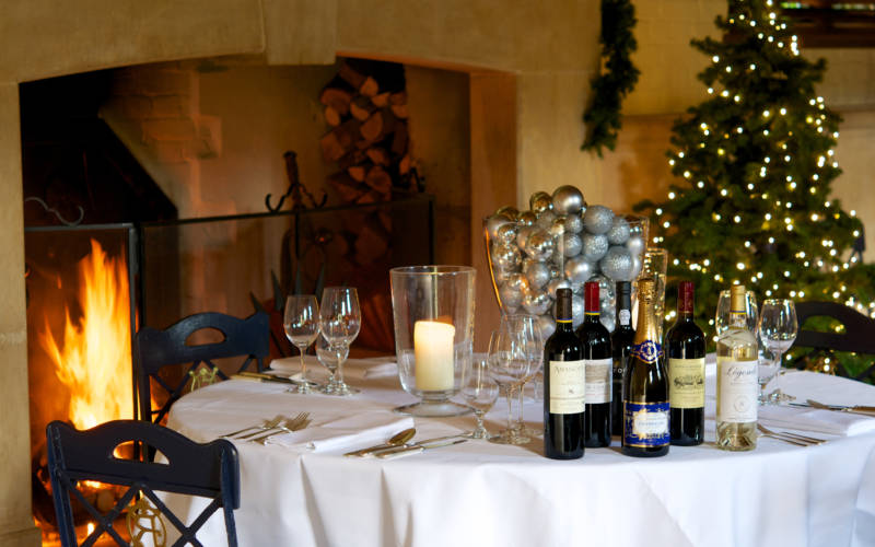Shop-christmas-table-wine-cumberbatch-3000x1875