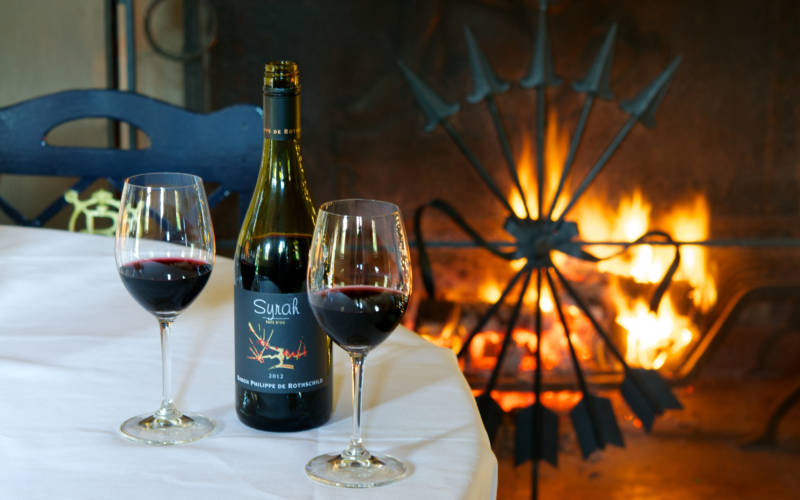 Shop-wine-fireplace-christmas-cumberbatch-3000x1875