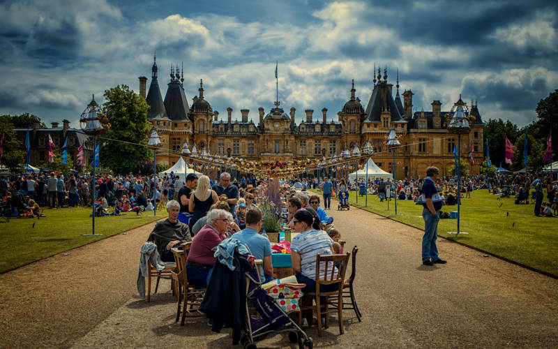 Main table in front of Waddesdon Manor at Feast Festival