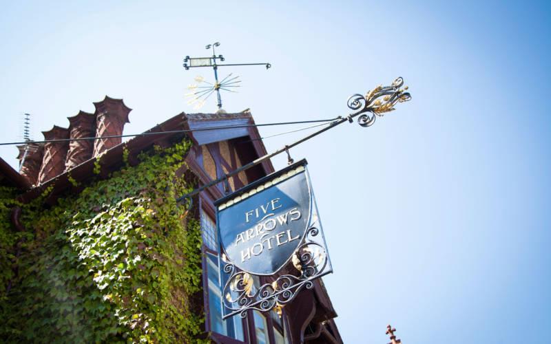 Five Arrows Hotel sign