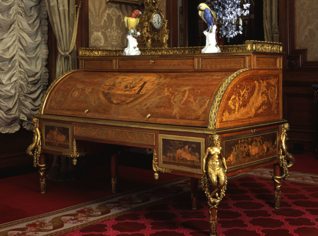 Cylinder-top desk, 1777-1781
