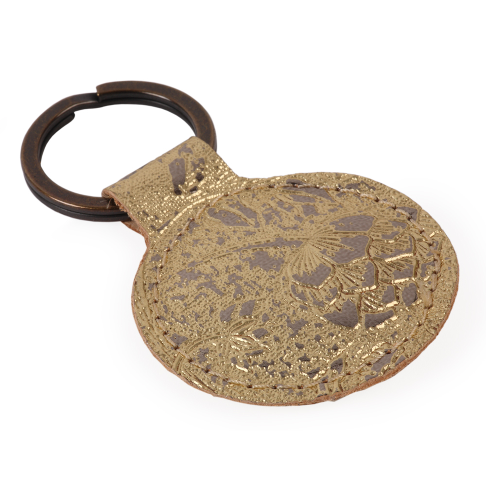 shop-gifts-gold-leather-wallcovering-personal-accessores-keyring-IMG_8613