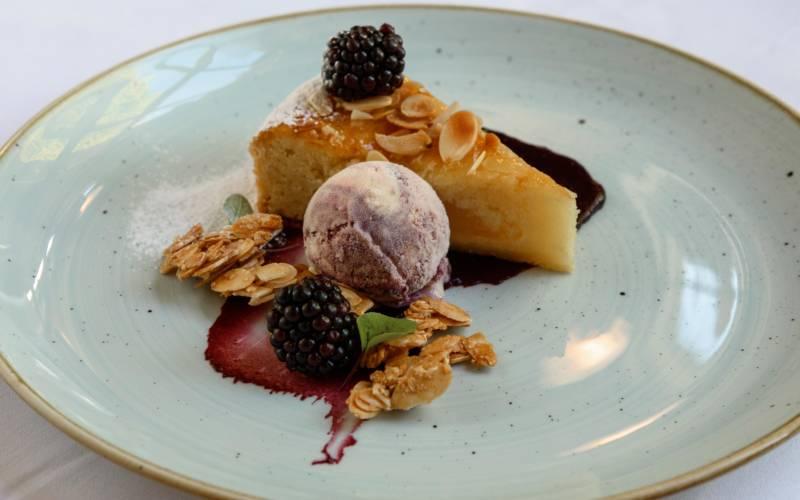 manor-restaurant-craig-dessert-autumn-blog-3000-1875