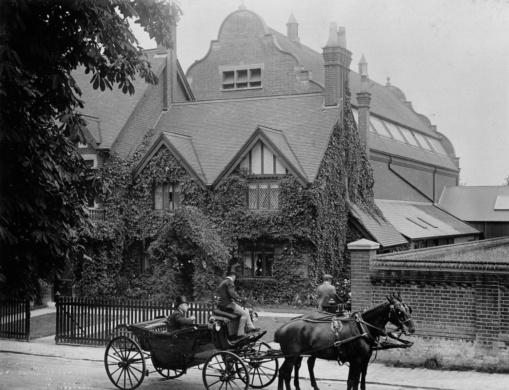 Archive photograph of the Natural Hsitory Museum in Tring