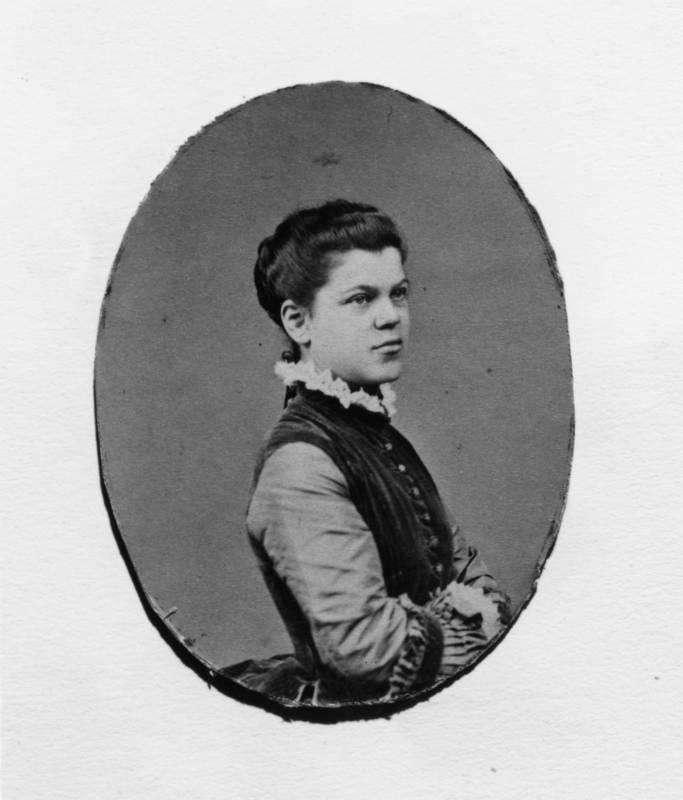 Alice de Rothschild portrait