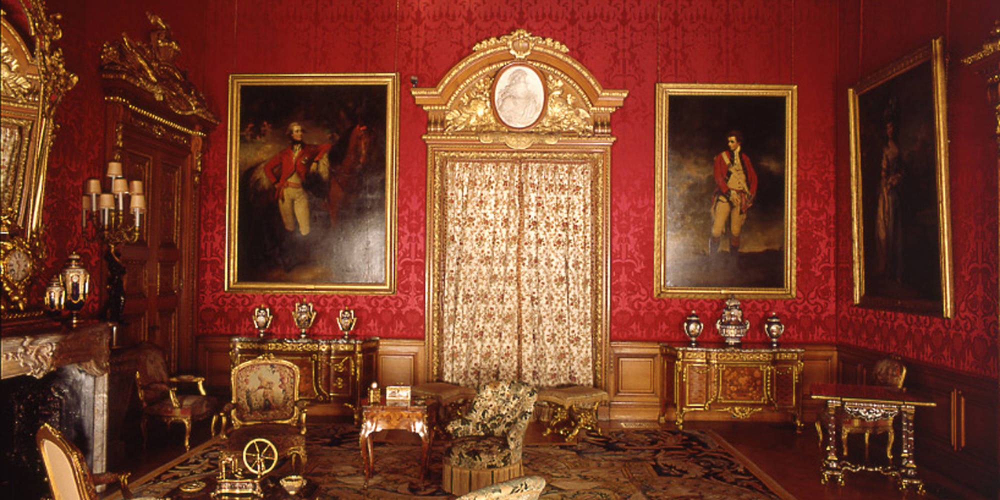 Reynolds's great rival, Thomas Gainsborough (1727-1788), hangs to the other side of the door in Waddesdon's Red Drawing Room (1781)