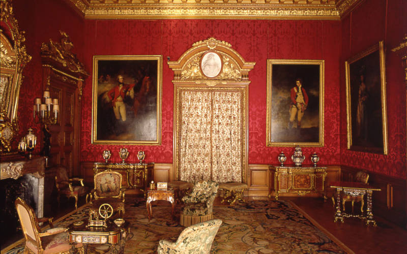 Step into Waddesdon's Twitter Tours