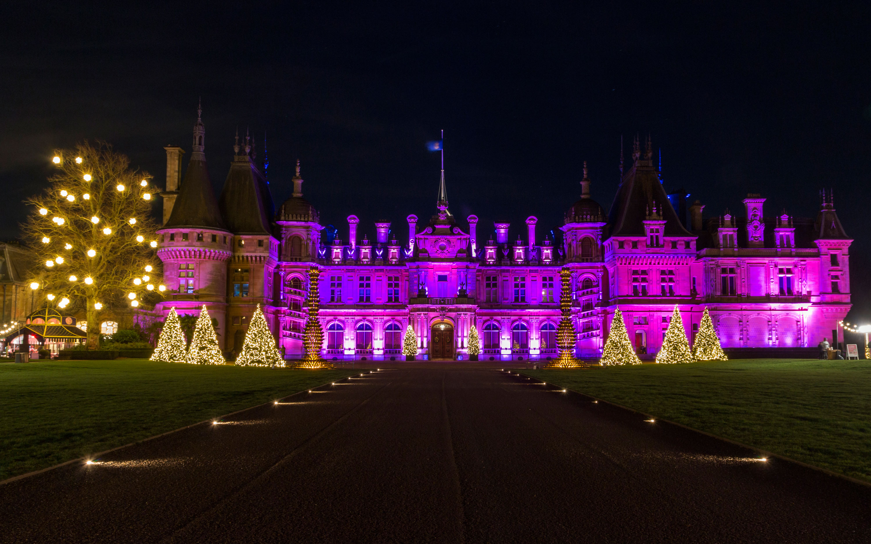 Waddesdon manor illuminated at christmas