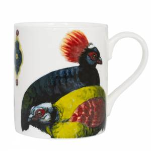 Mug with exotic birds design