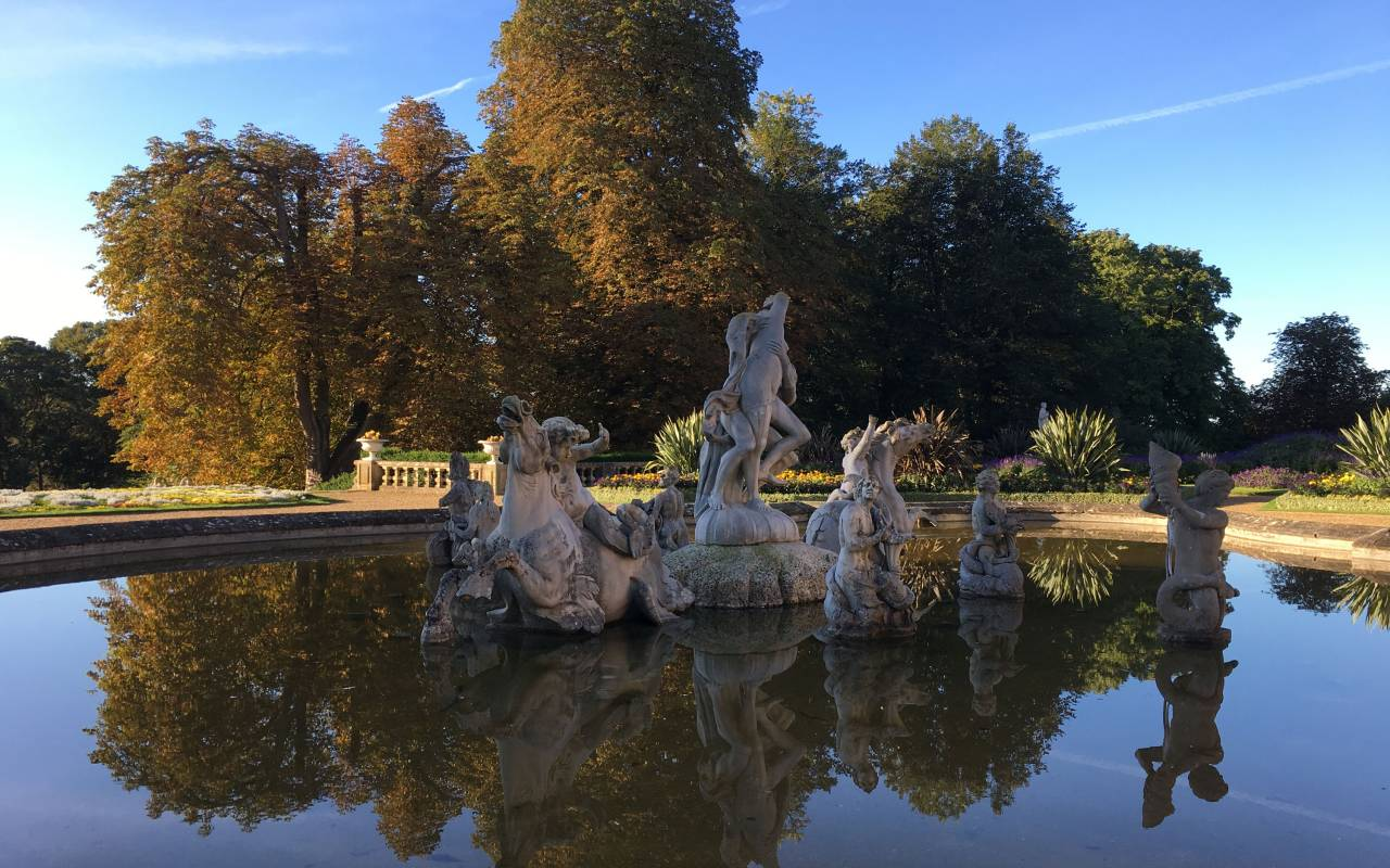 Parterre fountain in autumn at Waddesdon