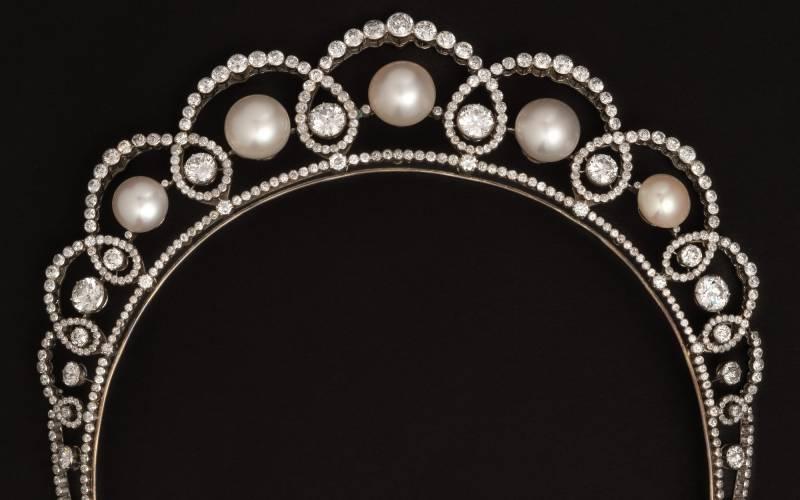 A Boucheron Tiara/ Necklace