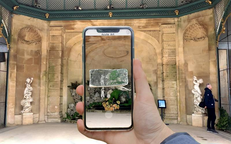 Koo-Jeong-A-density-2019-in-the-Aviary-at-Waddesdon-from-the-series-Prerequisites-7-augmented-reality