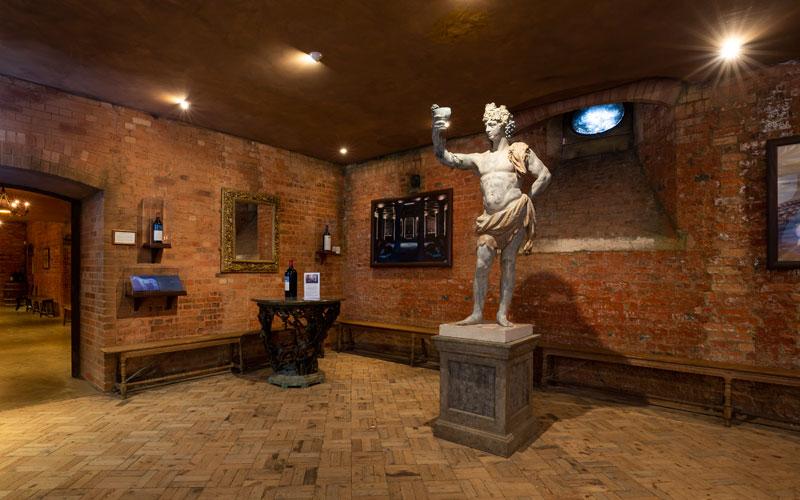 Wine-Cellars-Bacchus-Statue-Chris-Lacey-800-500
