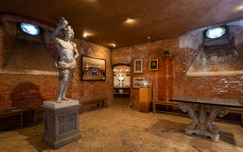 Wine-Cellars-Wide-View-Bacchus-Statue-Chris-Lacey-800-500
