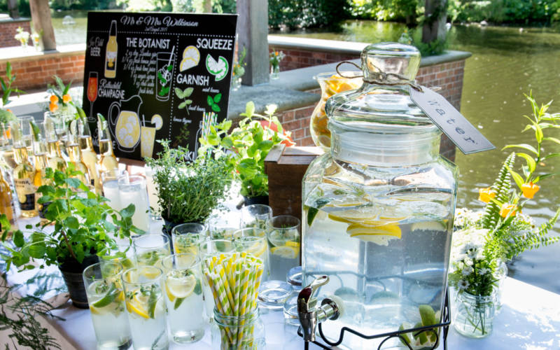 Wedding-dairy-drinks-lakeside-mark-sisley-3000-1875