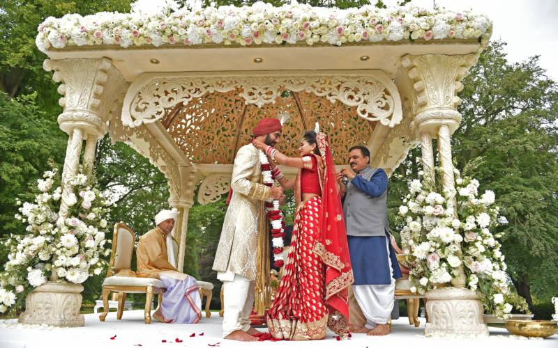 sunny-digital-images-indian-wedding-1000-625.jpg1