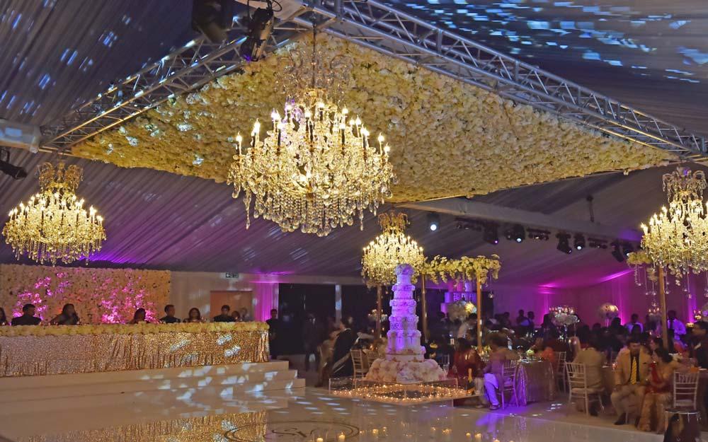 wedding-marquee-indian-evening-sunnydigital-1000-625