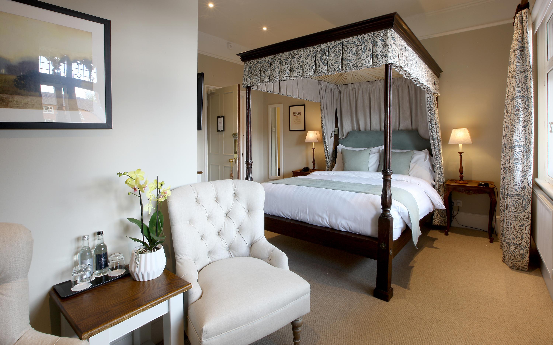 Hotel-room-4-wright-3000x1875