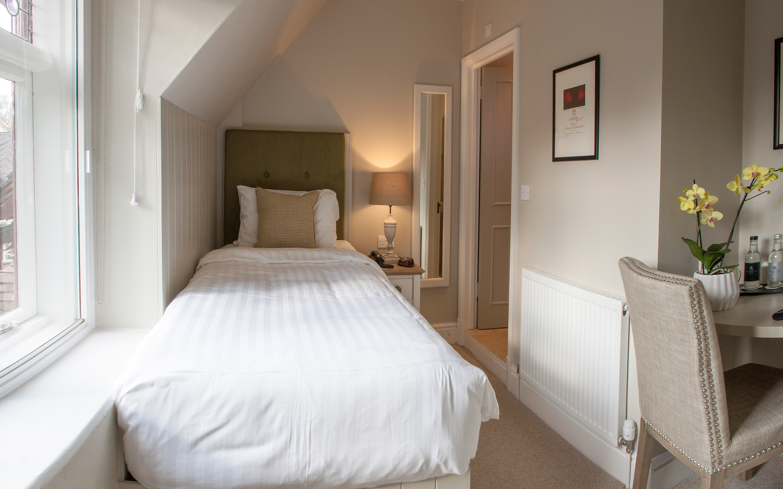 Hotel-room-7-wright-3000x1875