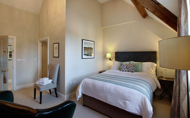Hotel-room-16-wright-3000x1875