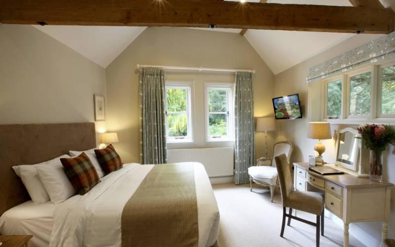 Hotel-room-11-wright-3000x1875