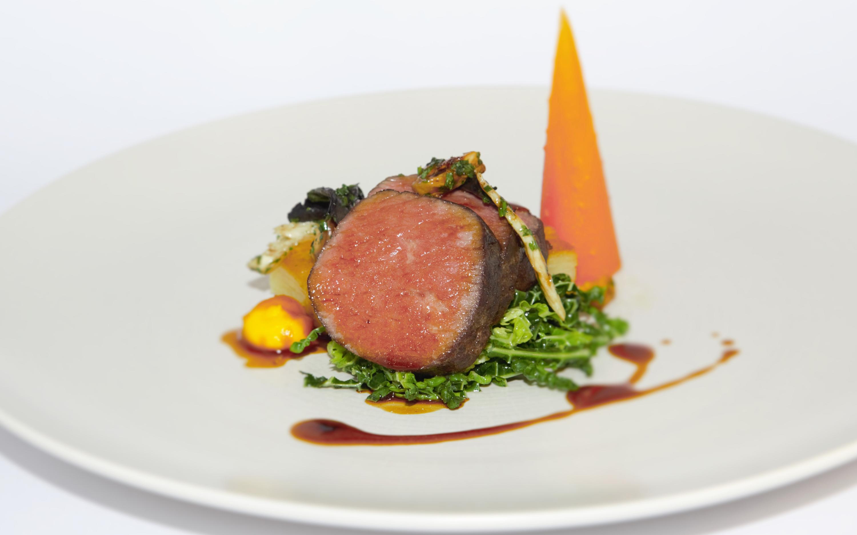Hotel-food-restaurant-beef-3000-1875