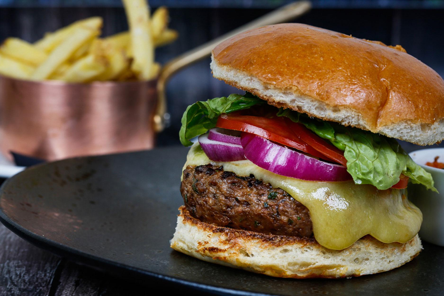 Five arrows hotel burger