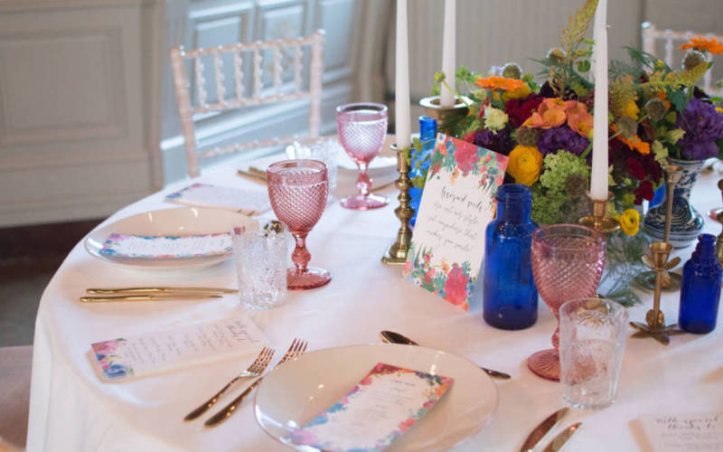 Hotel-interior-wedding-table-pink-1000-625-white-cottage-weddings