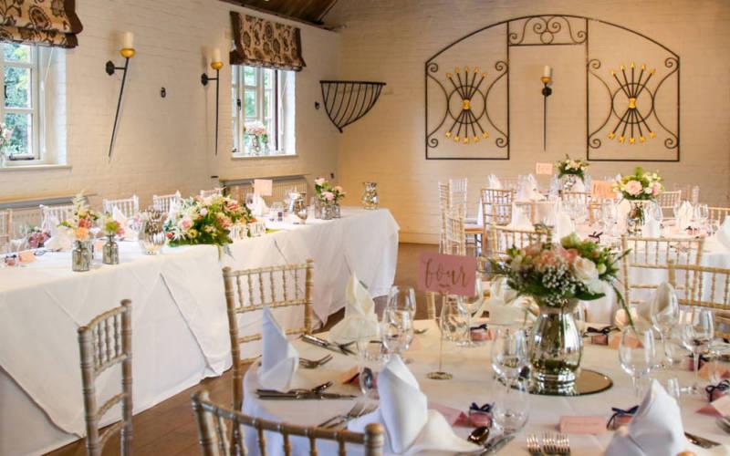 Hotel-OCH-wedding-reception-dinner-APP-1000-625-all-people-photography