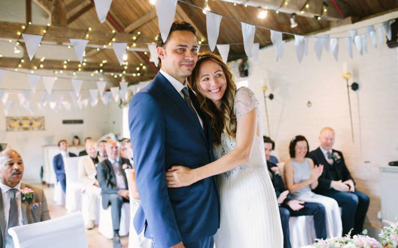 weddings-old-coach-house-3-1000-625-Camilla-Arnhold-Photography.